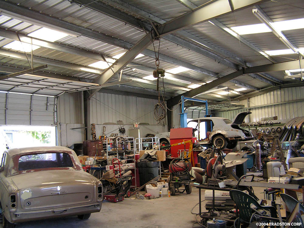 Auto body shops metal buildings auto repair shop steel for Garage and shop buildings